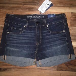 NWT American Eagle Super Stretch Jean Shorts sz 8